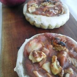 3月パン リンゴ+高きびクグロフ リンゴタカキビピッコロ