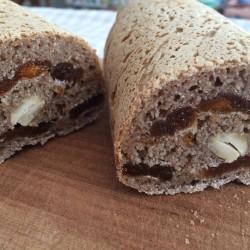 8月パン 新物 スペルト小麦(アプリコット・マンゴー・カシューナッツ)