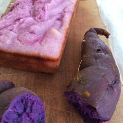 10月パン 米100%(紫芋)