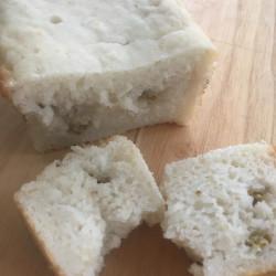 7月パン 米100%(pane di riso)(バナナ+キノア)