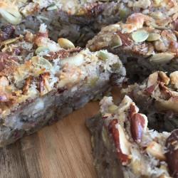 9月 torta di riso(白イチジク+木の実ナッツ酵母玄米ケーキ)