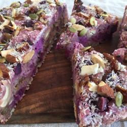 10月 torta di riso(紫芋+こぼれ梅+木の実ナッツ入り酵母玄米ケーキ)