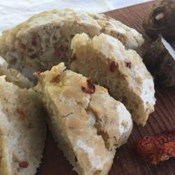 1月パン 里芋(セレベス)+自家製白味噌のフォカッチャ