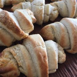 3月パン  croissant(酒粕 入り)